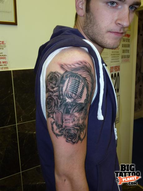 Bills Tattoos Body Piercing And Tattoo Removal Studio Ideas And Designs