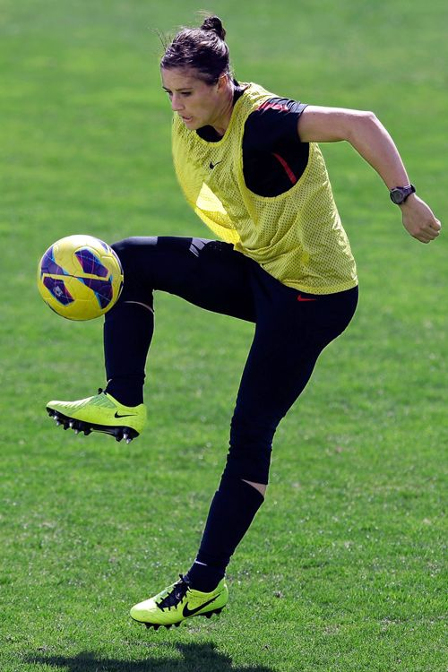 Soccer Ali Krieger During Practice Have These Cleats Ideas And Designs