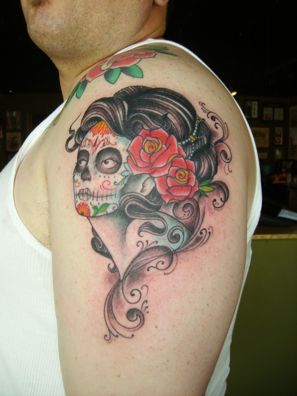 25 Attractive Pin Up Girl Tattoos Slodive Ideas And Designs