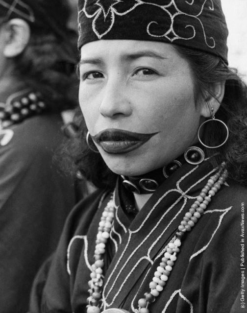 Vintage Everyday Old Photos Of Ainu People Ethnographic Ideas And Designs