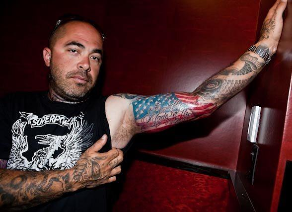 Aaron Lewis Of Staind Gets Tattooed At Hart Huntington Ideas And Designs