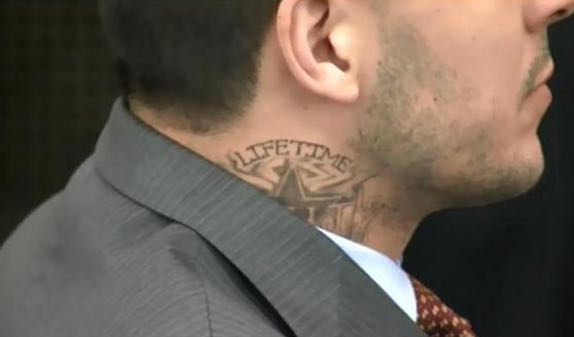 Aaron Hernandez Likely Has Bloods Gang Tattoo Yardbarker Com Ideas And Designs