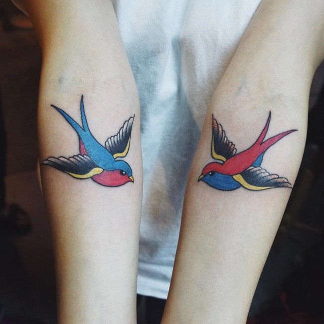 Best 25 Swallow Tattoo Meaning Ideas On Pinterest Ideas And Designs