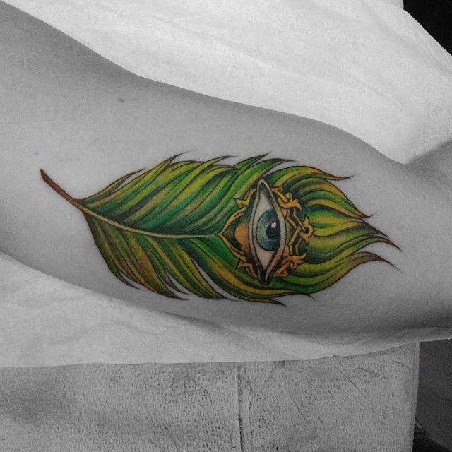 Best 25 Feather Tattoo Meaning Ideas On Pinterest Ideas And Designs