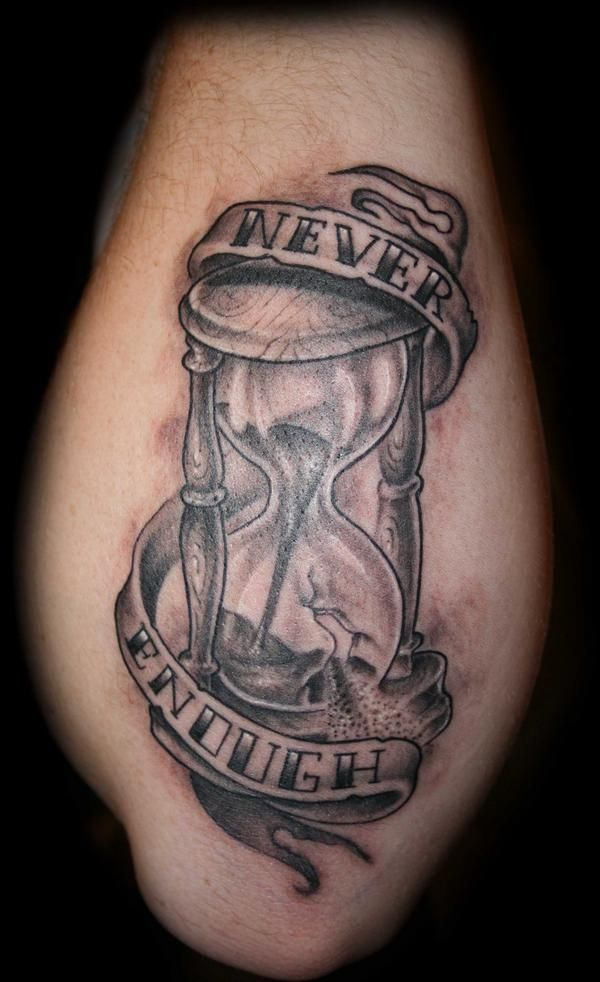 Broken Hourglass Tattoo Designs Hourglass Time Tattoo Ideas And Designs