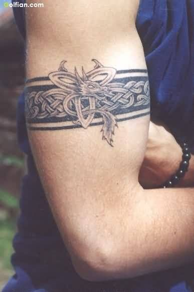Best 25 Armband Tattoo Ideas On Pinterest Band Tattoo Ideas And Designs