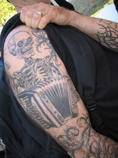 Jeff Rassier At Black Heart Tattoo In Sf Accordions Ideas And Designs