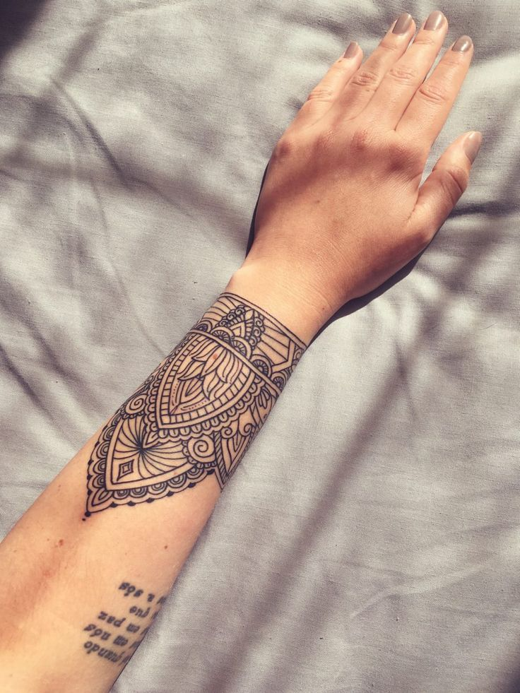 Image Result For Hand Wrist Mandala Tattoos Tats Ideas And Designs