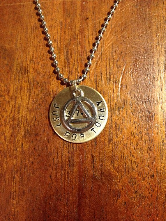 Pin By Emily Tolentino On Jewelry Alcoholics Anonymous Ideas And Designs