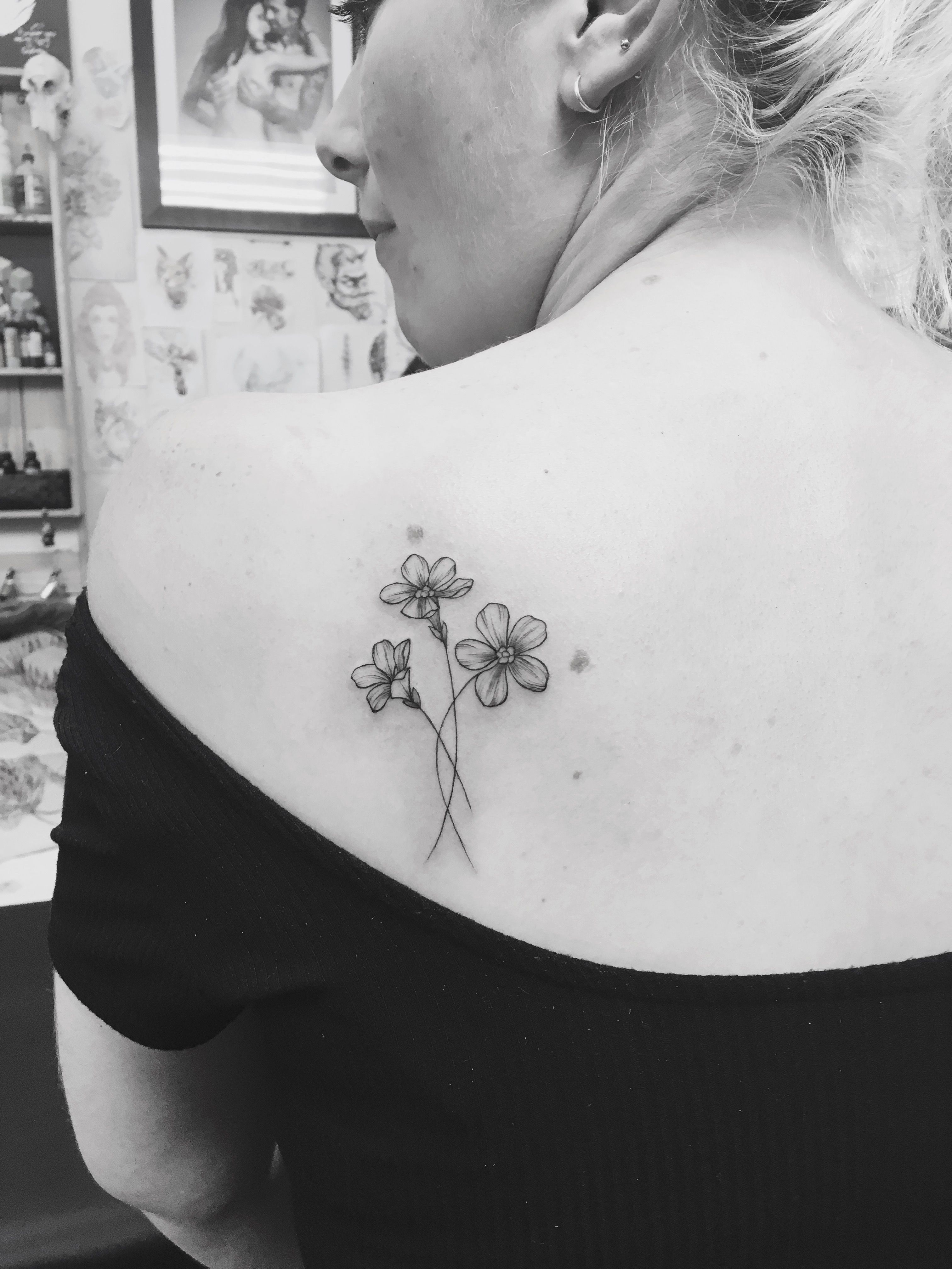 Oleander Tattoo W H I T E O N B L O N D E Tattoos Arm Ideas And Designs