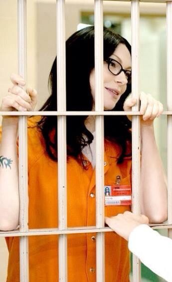 Alex Vause Best Is That This Is A Bts Picture Her Face Ideas And Designs