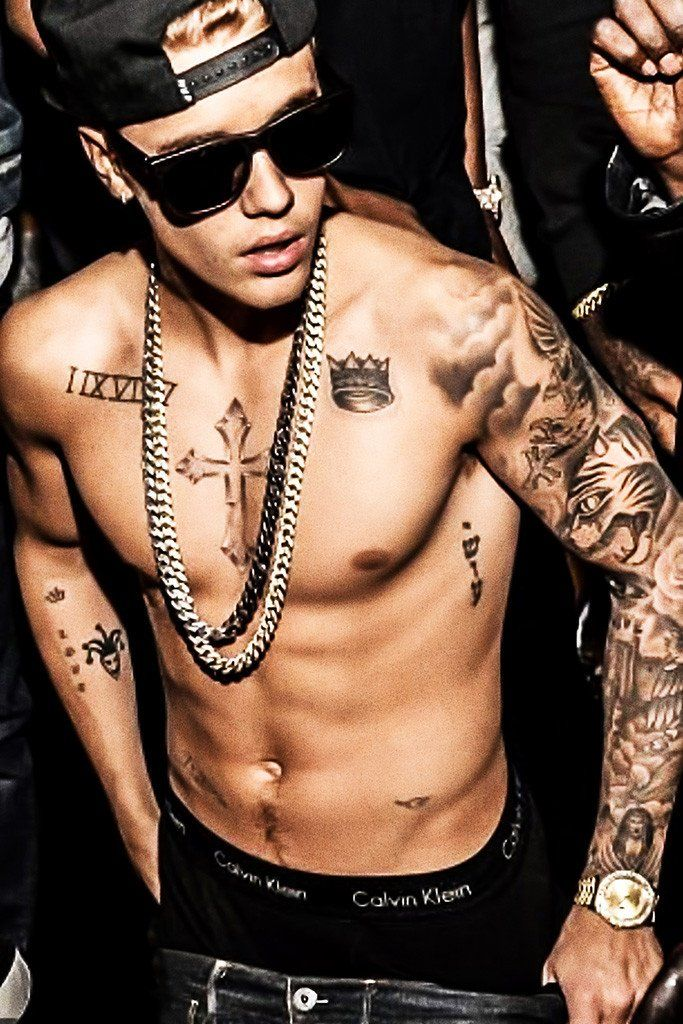 Justin Bieber Tattoo Shirtless Poster In 2019 Hot Ideas And Designs