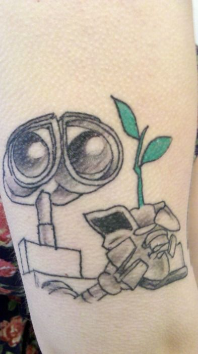 Wall E By Lefty 12 Monkeys In Tracy Ca Shelleyscene Ideas And Designs