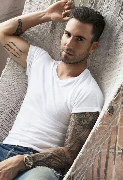 Adam Levine Favorite Color Food Animal Music Bands Sports Ideas And Designs