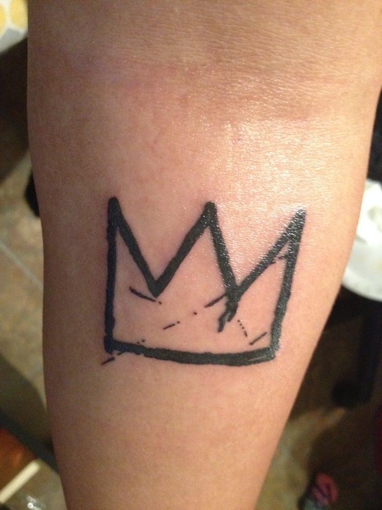 Basquiat S Crown Bold Clean Lines Tattoo Done By Thea Ideas And Designs