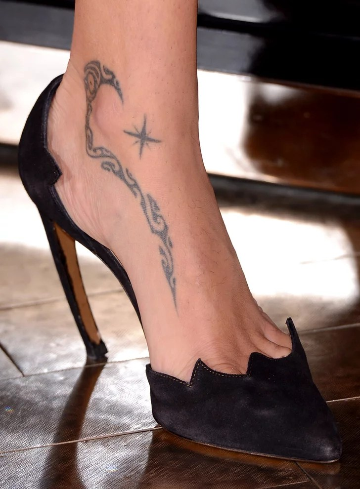 Adriana Lima The Ultimate Celebrity Tattoo Gallery Ideas And Designs