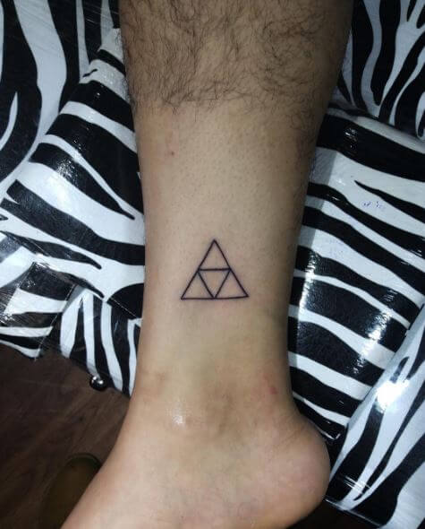 50 Best Triangle Tattoo Designs Ideas 2018 Ideas And Designs