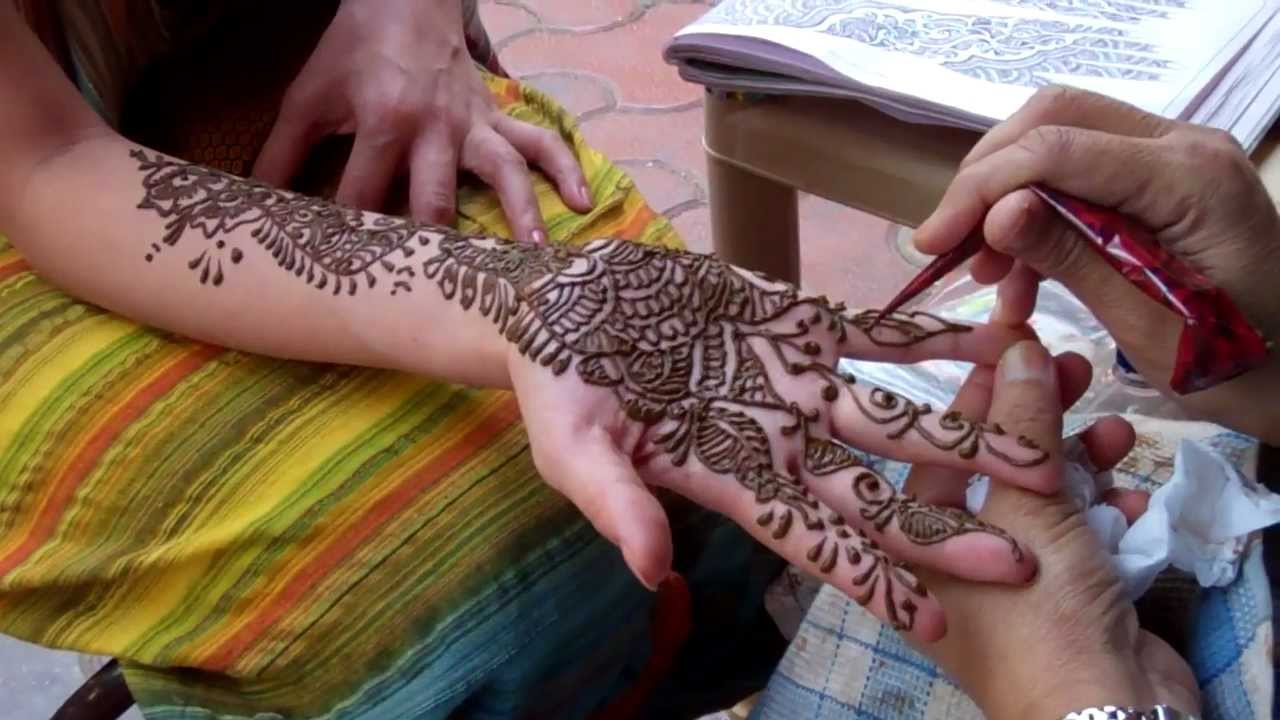 Henna Tattoo In India Youtube Ideas And Designs