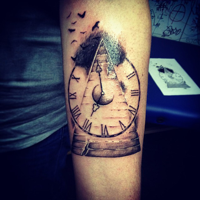 Time Flies Tattoo Best Tattoo Design Ideas Ideas And Designs