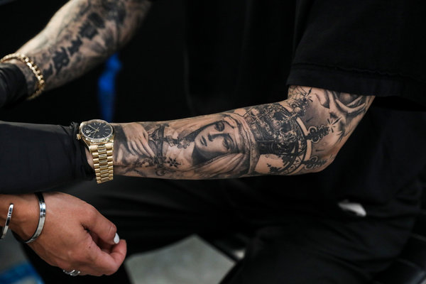 9 Places To Get A Gorgeous Tattoo The New York Times Ideas And Designs