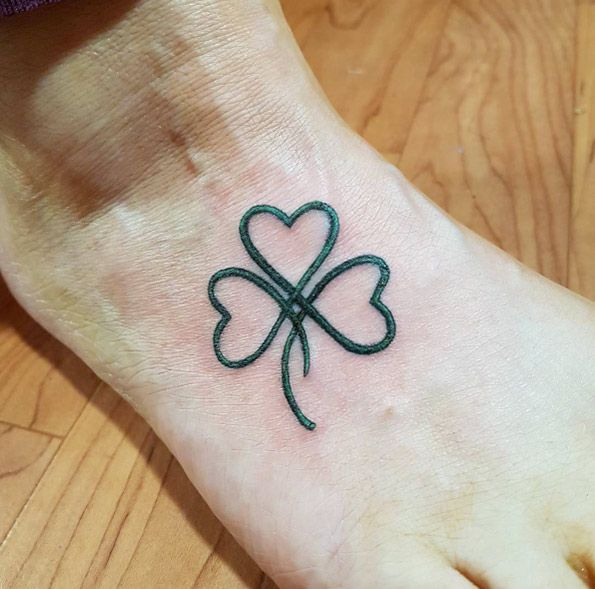 25 Best Ideas About Shamrock Tattoos On Pinterest Three Ideas And Designs