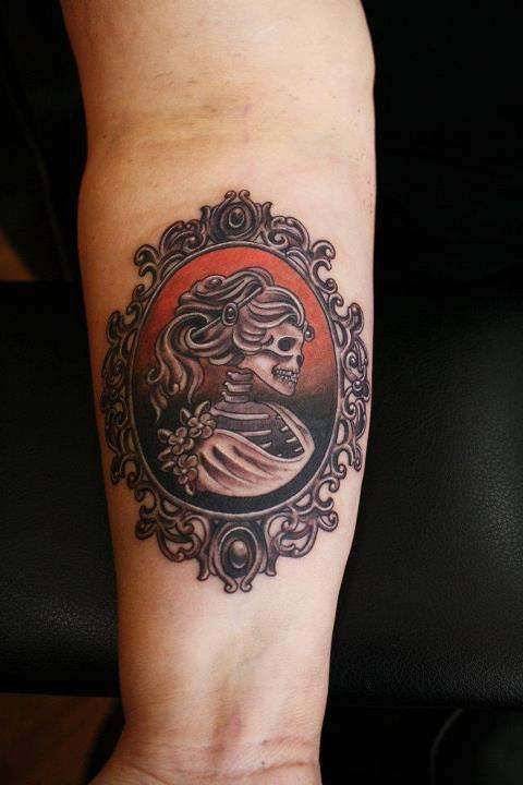 1000 Ideas About Cameo Tattoo On Pinterest Frame Ideas And Designs