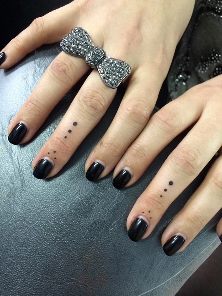 Dots On Fingers Tattoos By Rachel Garrison Tattoo Artist Ideas And Designs