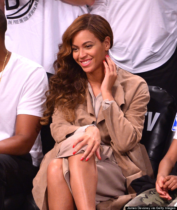 Beyoncé S Faded Wedding Ring Tattoo Prompts Laser Removal Ideas And Designs