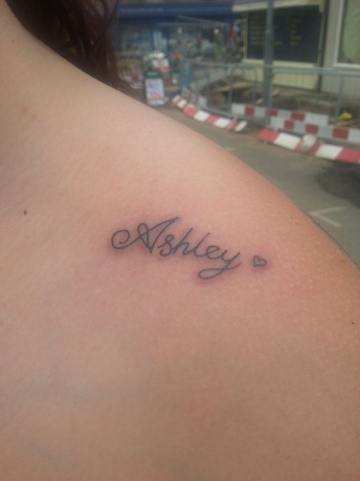 28 Name Tattoos On Shoulder Ideas And Designs