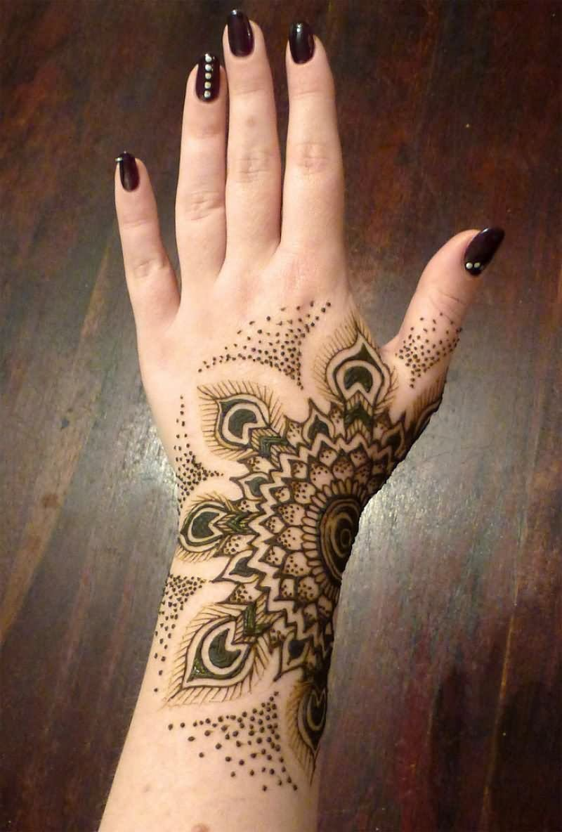 30 Hand Tattoos For Girls Ideas And Designs