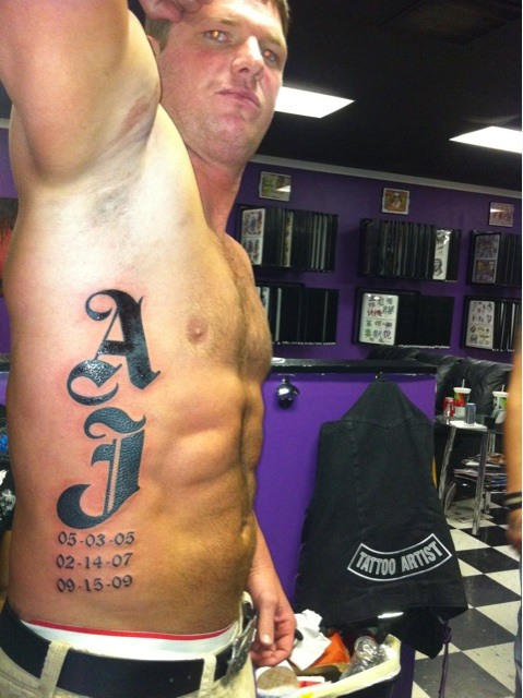 Tattoo Helps Wrestler Remember His Own Name Ideas And Designs