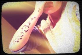 Demi Lovato New Bird Tattoo