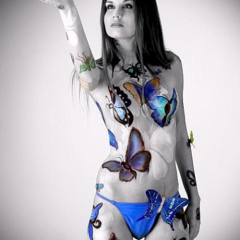 predmetov-v-tele-devushek-zhopi-bikini