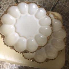 4-5 egg plates, some in original boxes