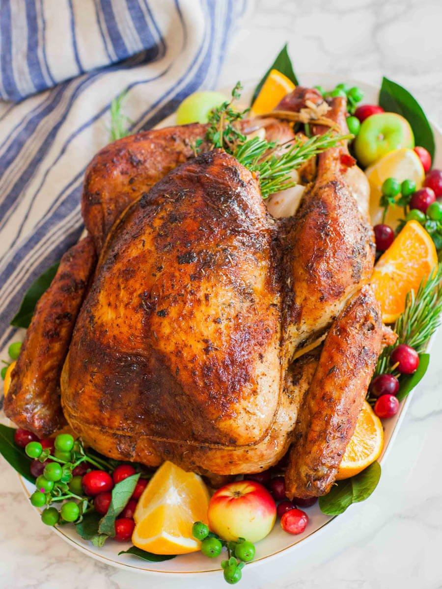 Garlic Butter Thanksgiving Turkey With Gravy Tatyanas