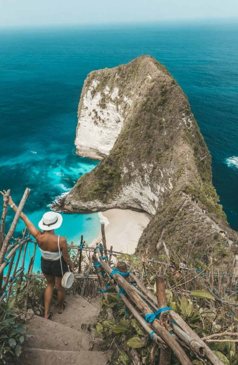 Paluang Cliff  Indonesia - Bedrock, Coast, Coastal and oceanic landforms, Headland, Natural landscape, Ocean, Outdoor structure, Person, Promontory, Rock, Tourism