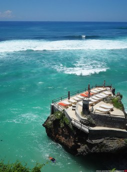 Suluban Beach, Badung Bali Indonesia - Aqua, Azure, Body of water, Coastal and oceanic landforms, Ocean, Outdoor structure, Sea, Teal, Water, Water resources, Wave