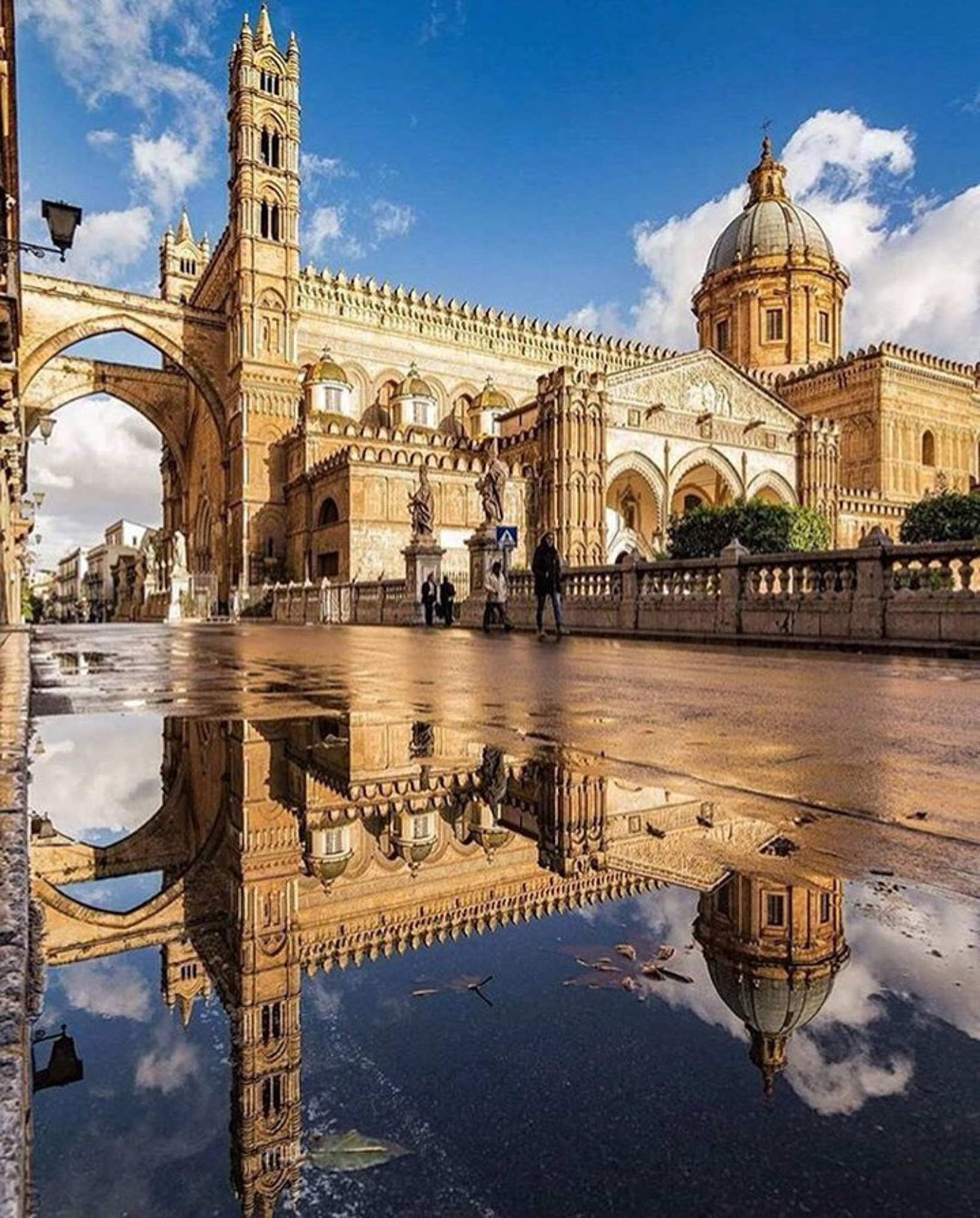 Cattedrale di Palermo, Palermo Palermo Italy - Building, City, Cloud, Daytime, Nature, Public space, Sky, Water, Watercourse, World