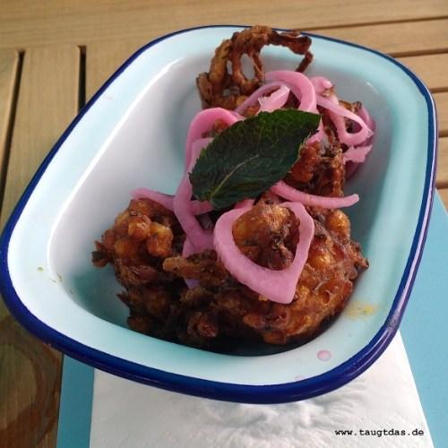 Knusprig frittierte Zuckermaisbällchen