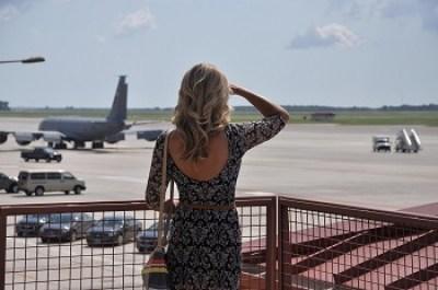 šaty do lietadla