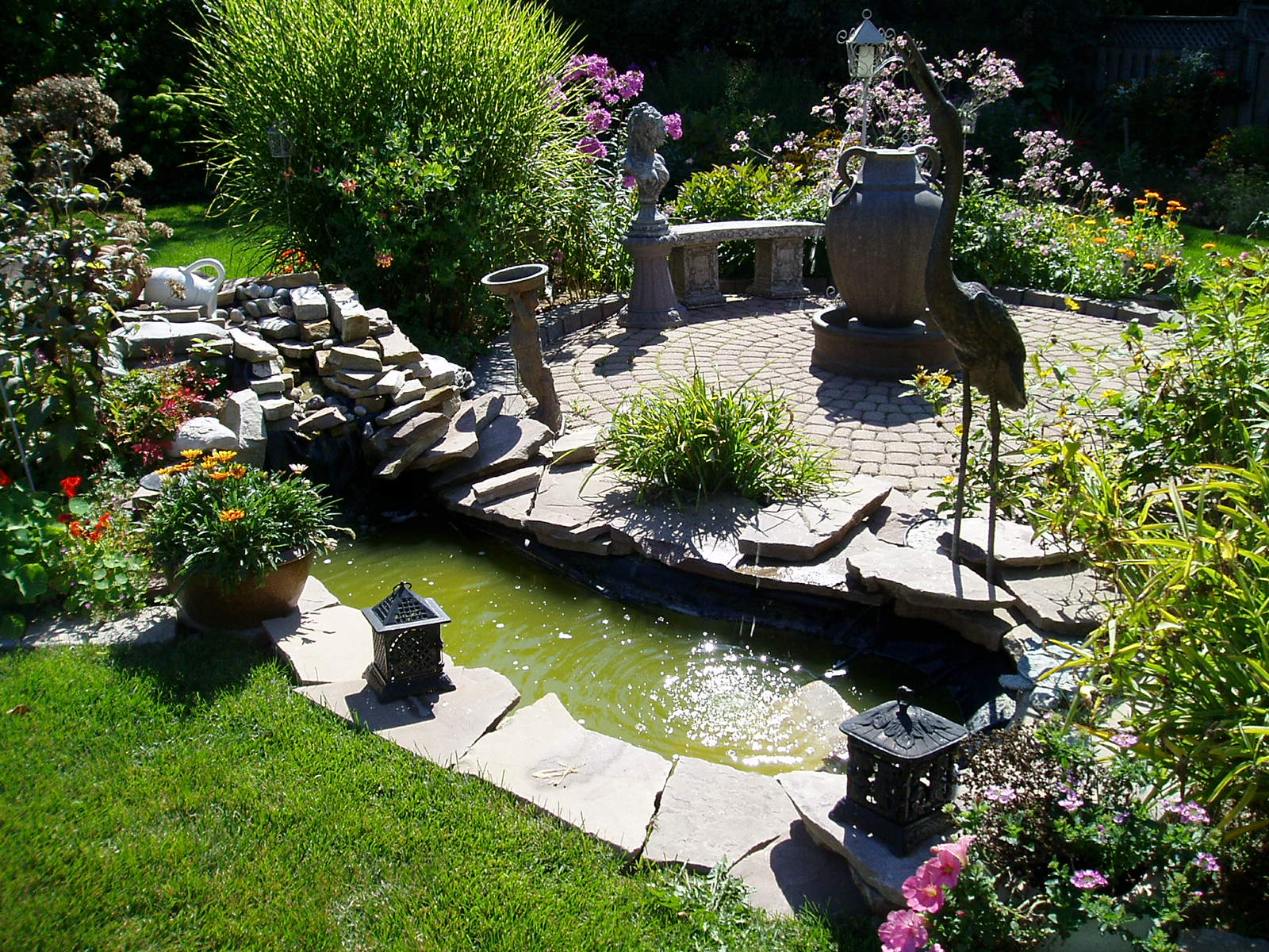 Backyard Small Backyard Landscape Designs How To Landscape Your in How To Landscape My Backyard