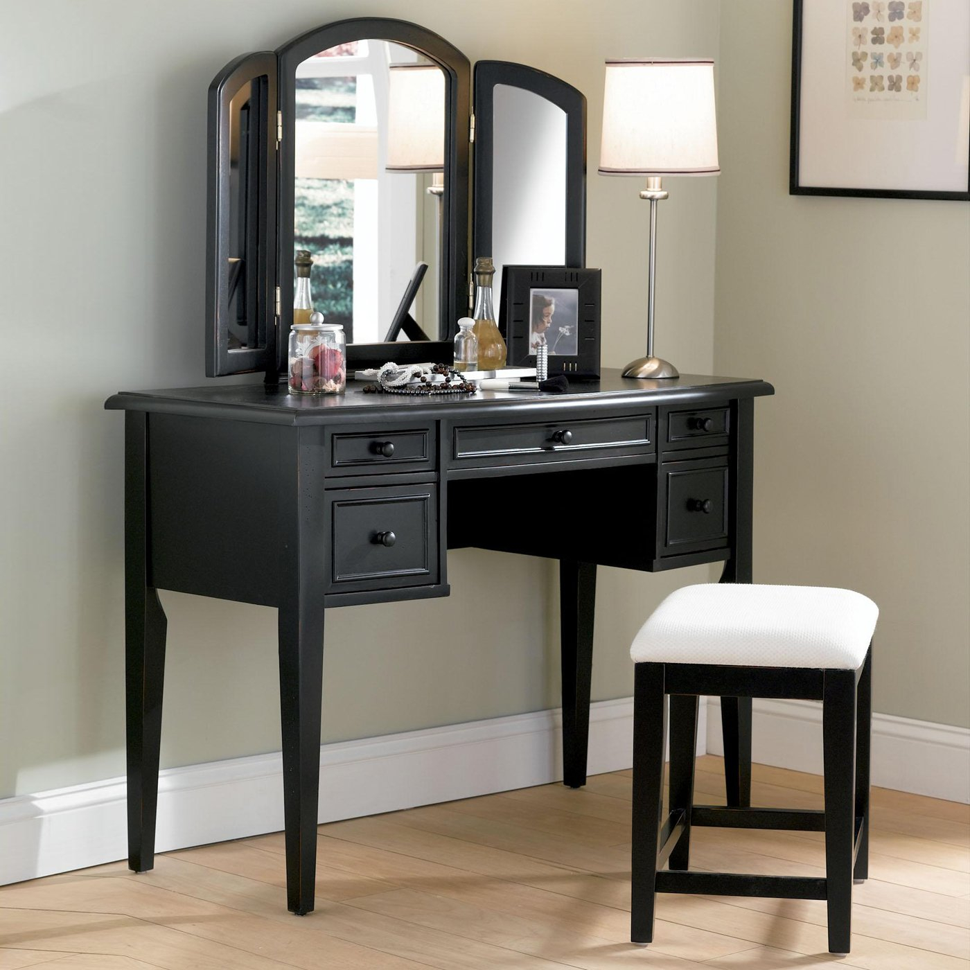 Classic Bedroom Vanity Table With Black Wooden Materials Make Up throughout 13 Some of the Coolest Tricks of How to Improve Bedroom Vanity Modern