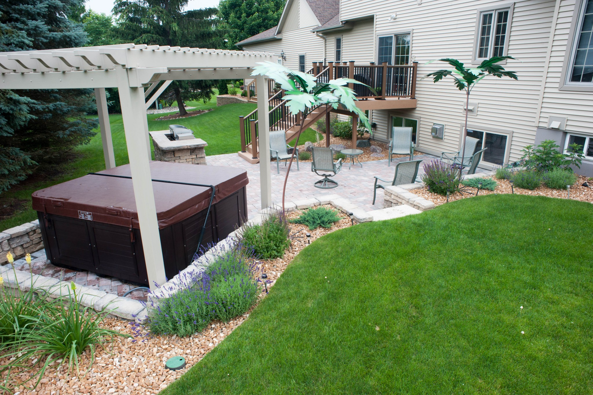 Hot Tub Designs Backyard Small Landscaping Ideas Back Yard Enclosure within 11 Some of the Coolest Designs of How to Makeover Hot Tub Backyard Ideas