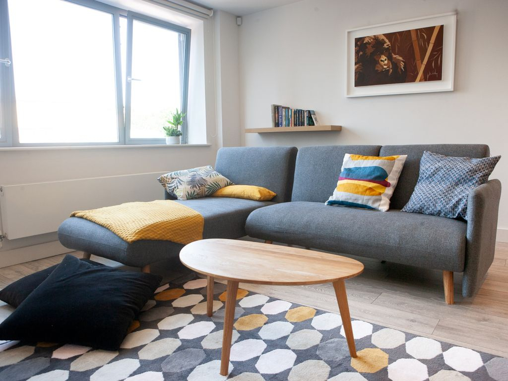 Modern 1 Bedroom Apartment In The City Centre Bristol City Centre within 10 Genius Initiatives of How to Upgrade Modern 1 Bedroom Apartments