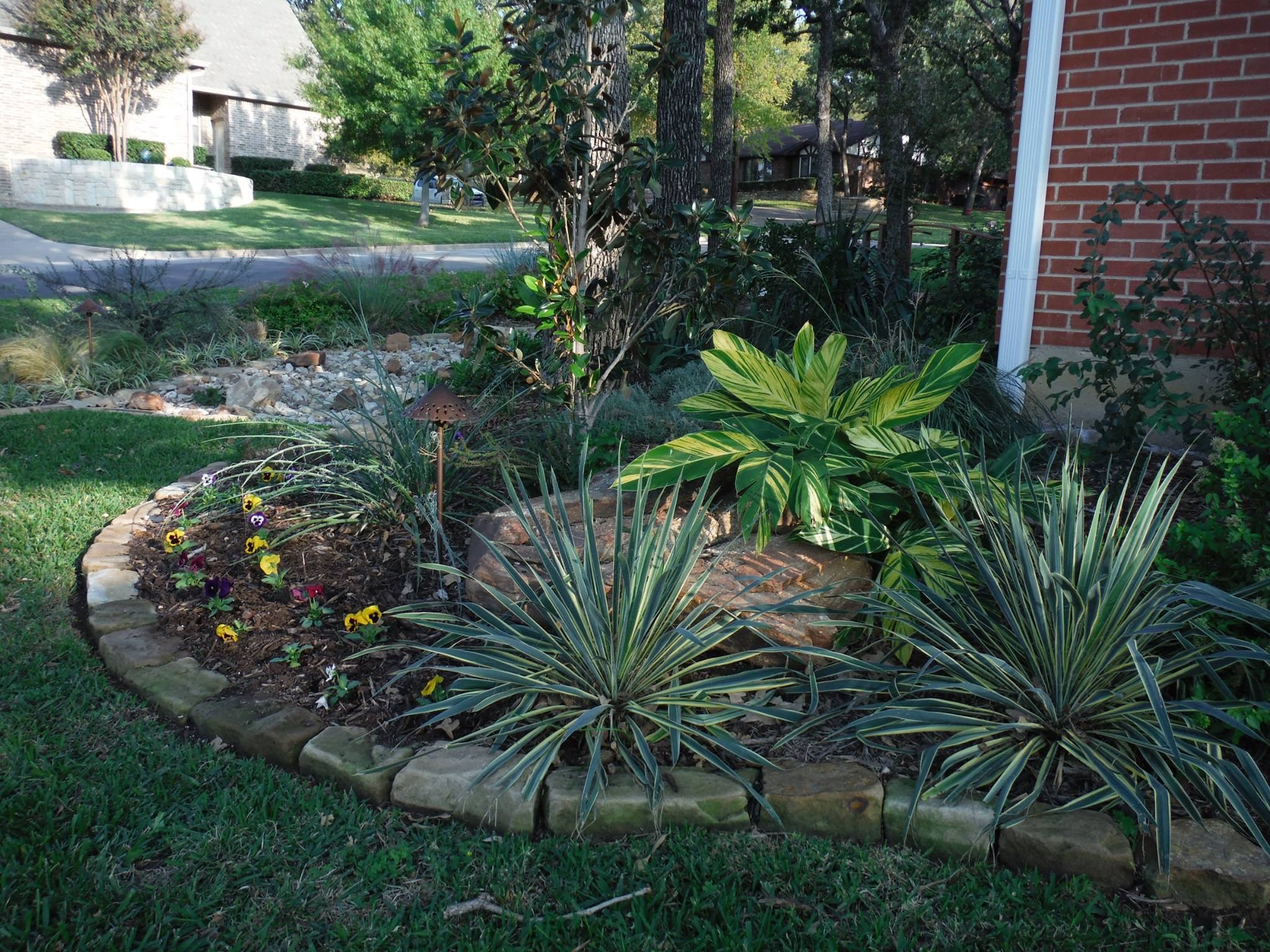Texas Landscaping Ideas Fort Worth Tx Low Water Landscaping throughout 13 Awesome Initiatives of How to Makeover Texas Backyard Ideas