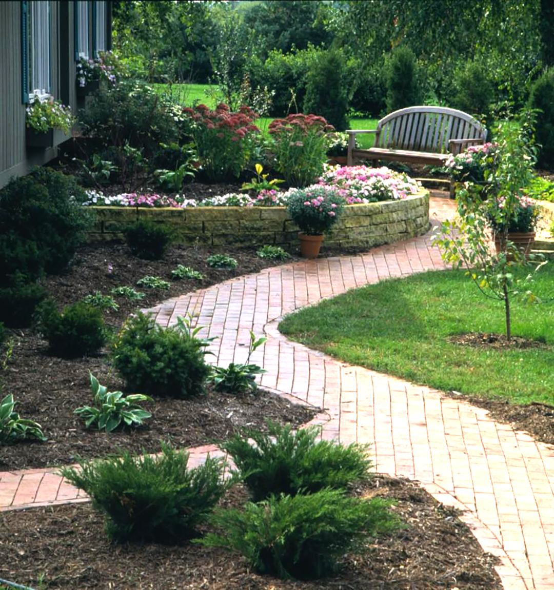 Three Year Step Step Landscape Plan Better Homes Gardens pertaining to Plan Backyard Landscaping