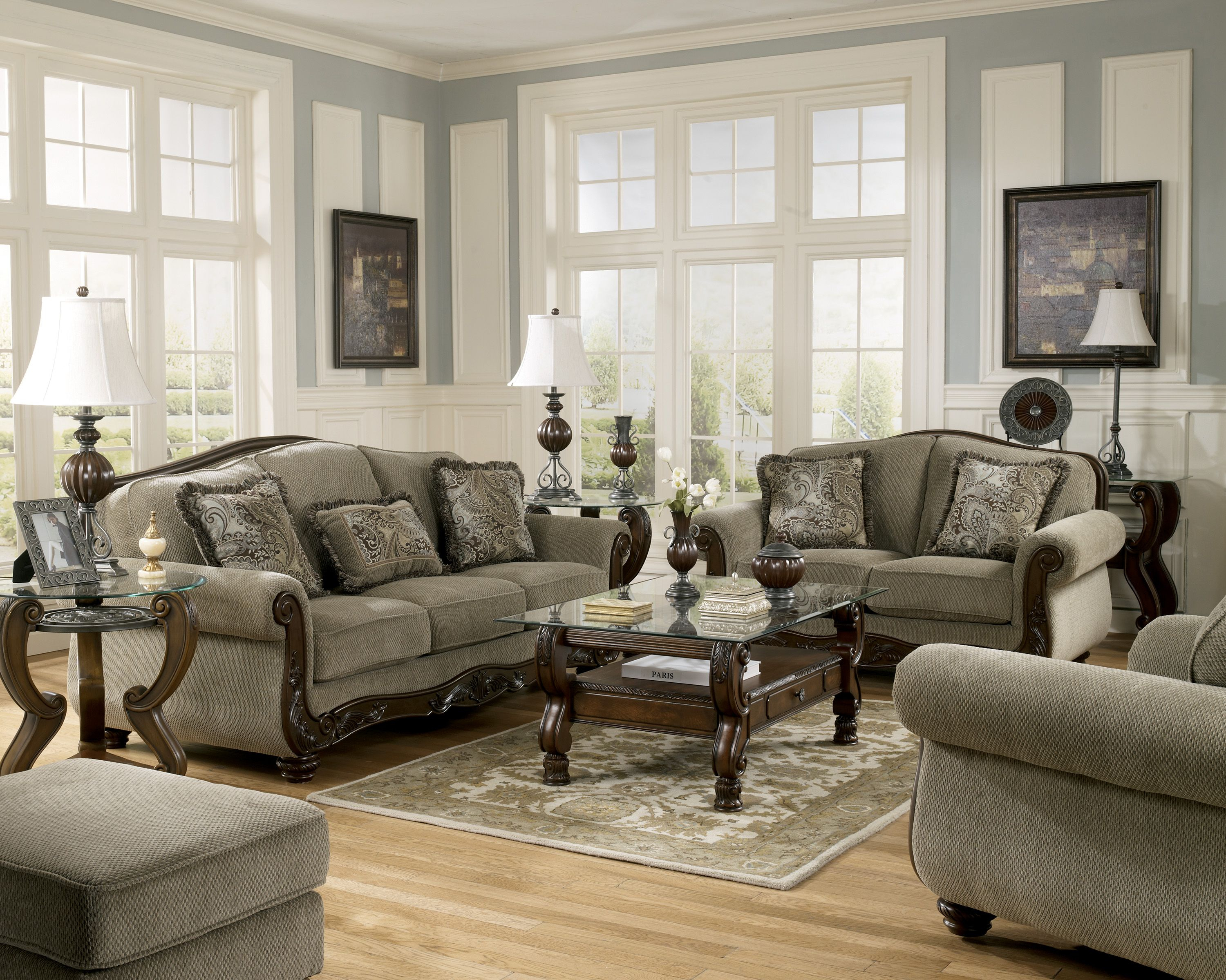 10 Living Room Interior Design Ideas For People In A Budget Living with regard to 10 Smart Designs of How to Make Low Priced Living Room Sets
