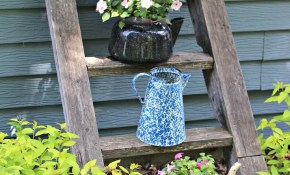 34 Best Vintage Garden Decor Ideas And Designs For 2019 with Vintage Backyard Ideas