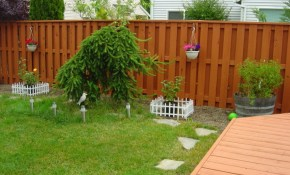 Fence Paint Colors For Aluminum regarding Painting Backyard Fence
