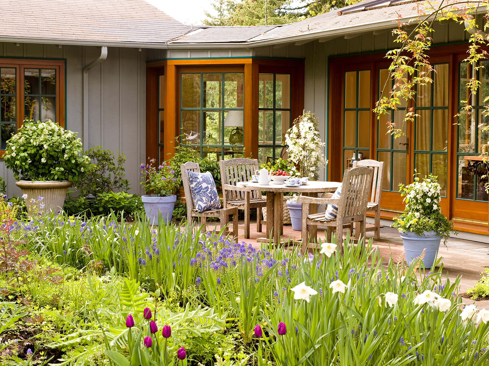 7 Landscaping Ideas For Beginners Better Homes Gardens in How To Landscape Your Backyard